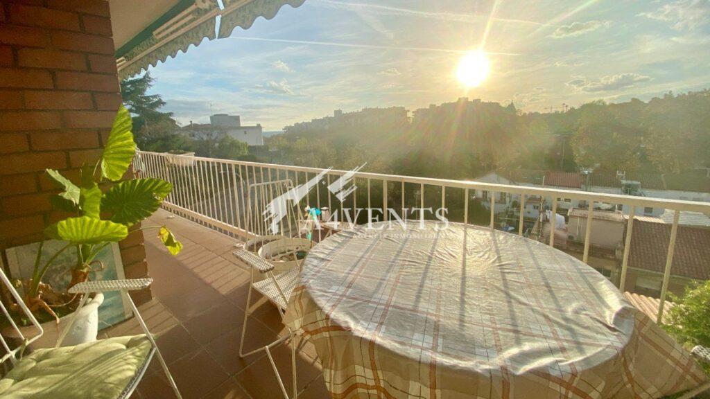 Piso con vistas y terraza